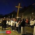 20 marca Licznie zgromadzeni wierni przeszliDrogą Krzyżowaulicami Majdanu Królewskiego. Zobacz zdjęcia (kliknij poniżej)
