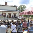 Obejrzyj fotorelację z Pikniku Rodzinnego – Święto Szkoły w Hucie Komorowskiej – 21.06.2015, kliknij na zdjęcie, by zobaczyć więcej (172 zdjęcia)…