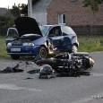Około godziny 19:35 w Krzątce doszło do zderzenia motocykla z samochodem osobowym. W wyniku wypadku, dwie osoby zostały odwiezione do szpitali – kierujący pojazdami. W akcji ratowniczej uczestniczyły służby: OSP […]