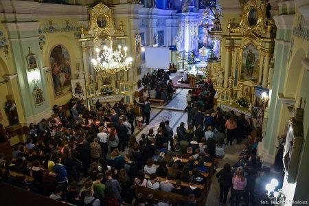 Krótka fotorelacja I dnia Diecezjalnych Dni Młodych w Majdanie Królewskim (63 zdjęcia). Kliknij na poniższe zdjęcie, by zobaczyć więcej
