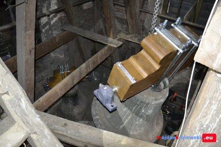 W dniach 16 – 17 listopada w dzwonnicy kościoła parafialnego w Majdanie Królewskim dokonano wymiany zawieszenia dzwonów na dzwonnicy, wprowadzając nowe zawiedzenie, ułożyskowanie i napęd elektryczny dzwonów. Została wykonana pełna […]