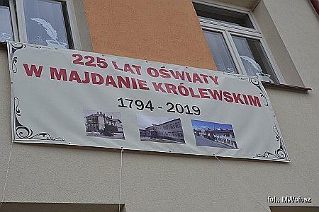 8 września 2019 r. w Majdanie Królewskim odbyła się uroczystość obchodów 225 lat oświaty w Majdanie Królewskim. Zobacz relację fotograficzną z wydarzenia (170 zdjęć). Kliknij poniżej na zdjęcie…