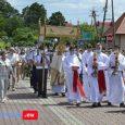 Relacja fotograficzna (136 zdjęć) z Procesji Bożego Ciała w Majdanie Królewskim w dniu 11 czerwca 2020 r. Kliknij na zdjęcie poniżej… Poniżej zobacz też galerie zdjęć z Procesji Bożego Ciała […]